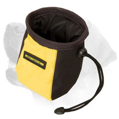 Labrador professional treat bag with pull-cord