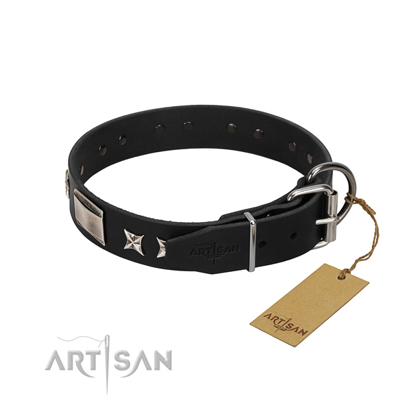 Reliable leather dog collar with corrosion proof D-ring