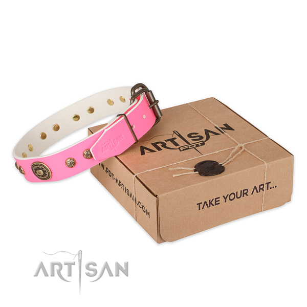 Reliable buckle on full grain leather dog collar for comfortable wearing